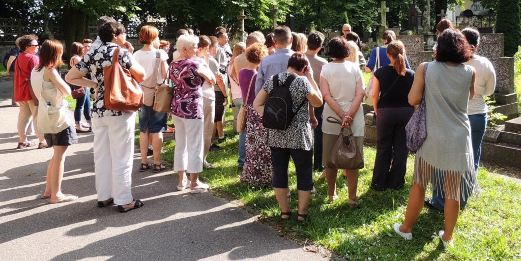 Prowadzimy spacer we wszystkich rejonach Warszawy i Mazowsza.